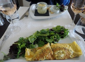 Truffled egg dishes for lunch at la Maison du Vin et des Truffes